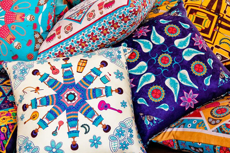 almofadas-decorativas-estampadas